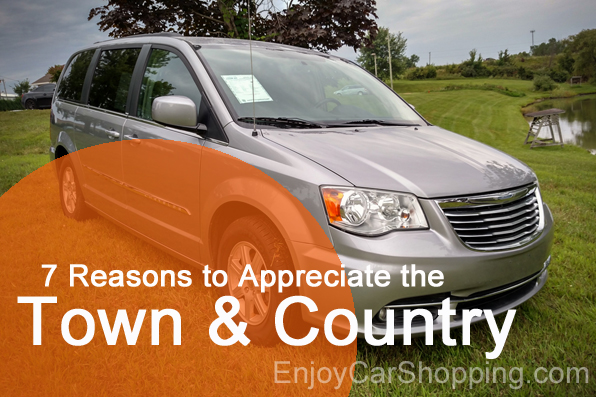 Used Chrystler Town and Country Dodge Grand Caravan Swisher IA